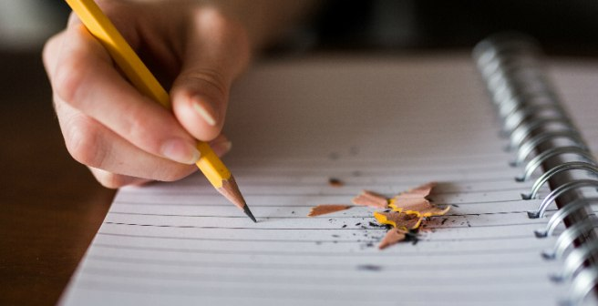 Mistakes to Avoid While Writing a Literature Review
